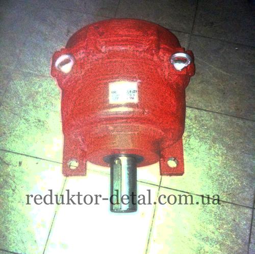 Мотор-редуктор 3МП-80-22,4-120Ц
